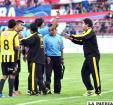 Villegas reclama las expulsiones que hizo Orozco en el partido ante Universitario