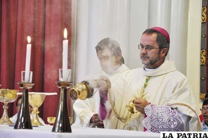 El Obispo Cristóbal Bialasik durante el Te Deum