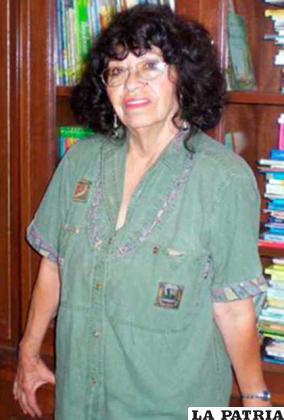 Gaby Vallejo escribió la biografía novelada /MUJERESENELSIGLOXXI
