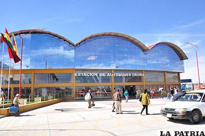 Accesos y ambientes adecuados, destacan en inicio de operaciones de la nueva terminal