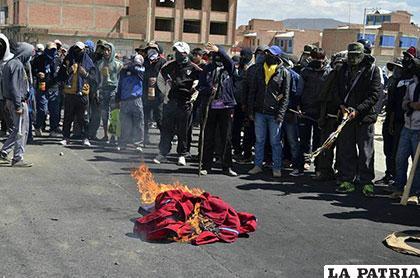 Jornada violenta que se vivió en Achacachi /Marka Registrada