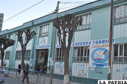 Algunas unidades educativas aún no recibieron el mantenimiento del municipio