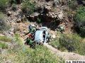 El vehículo cayó casi 80 metros al barranco