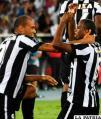 Aírton y Pávez celebran el triunfo de Botafogo /conmebol.com