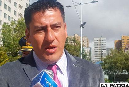 El ministro de Defensa, Javier Zavaleta