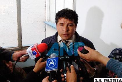 El fiscal Erlan Almanza es involucrado en otro caso de corrupción /ANF