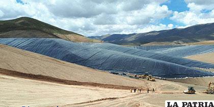 Avance físico del dique de colas de Huanuni es del 95% /CEPA
