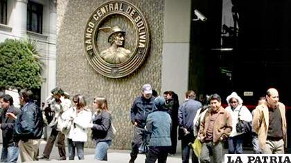 Banco Central de Bolivia /OPINI�?N /Archivo