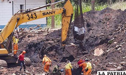 Las labores de rescate cada vez se dificultan más /EL NUEVO DIARIO