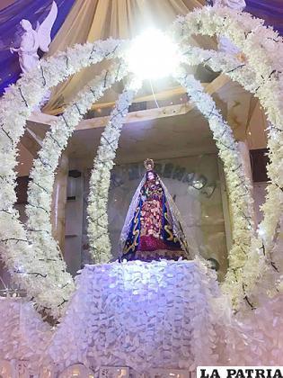 La Virgen del Socavón motiva la devoción de miles de personas  /Mónica Aramayo
