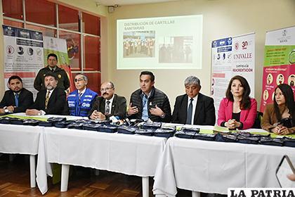 Conferencia de prensa ofrecida por el ministerio de Salud /ABI