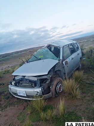 Así quedó el vehículo tras lo ocurrido /LA PATRIA