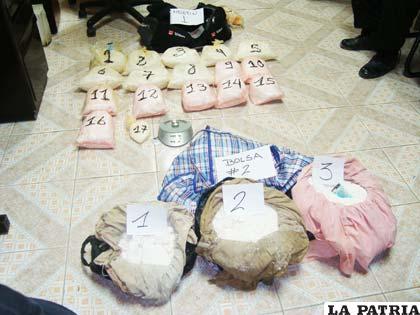 Los 28 kilos de cocaína expuestas en la Felcn