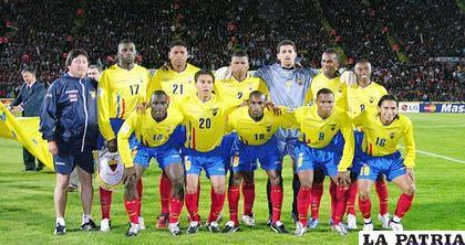 La selección de fútbol de Ecuador jugará un cotejo amistoso ante su similar de Colombia