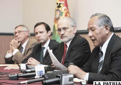 Procesos contra ex mandatarios habrían prescrito según diputada de Convergencia Nacional