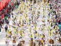 Miles de devotos bailan por la Virgen del Socavón