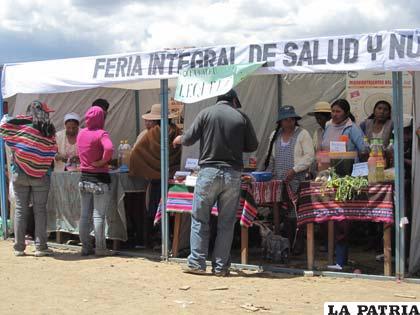 Feria Integral realizada en el cantón Soracachi