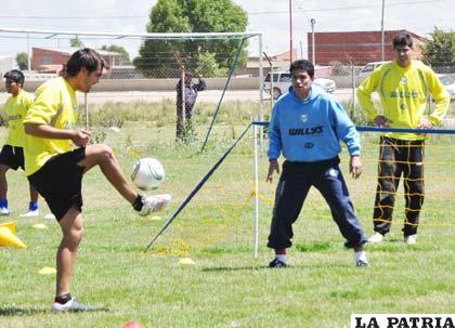 Vieira, Saucedo y Lampe, jugadores de San José