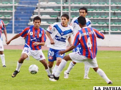 Mario Parrado volverá a ser titular en el equipo orureño