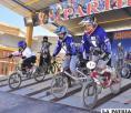 Bicicrosistas en el punto de partida