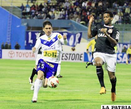 Los incidentes se registraron en el partido entre San José y Corinthians