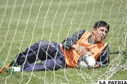 Diego Cabrera se afianza en la ofensiva de San José