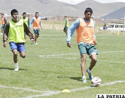 Carlos Tordoya en el entrenamiento de ayer