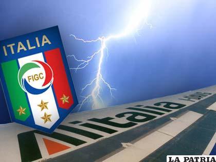 Una recreación de lo sucedido con el avión de la selección italiana