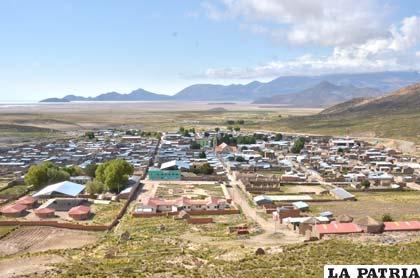 Salinas de Garci Mendoza, capital de la provincia Ladislao Cabrera