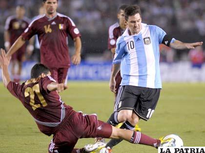 Messi fue una de las figuras del partido entre Argentina y  Venezuela