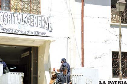 Frontis del Hospital General debe ser restaurado y no derrumbado