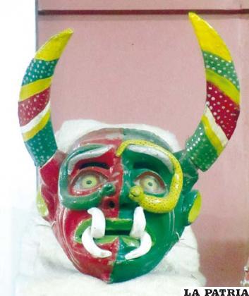 Máscara de diablo de 1907