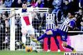 Ibrahimovic  con el dominio de la pelota