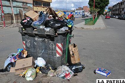 Esta norma establece convenios con los gobiernos municipales para mejorar los sistemas de recolección y gestión integral de residuos