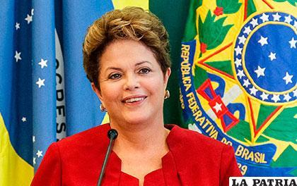 Rousseff debe ser destituida dicen brasileños