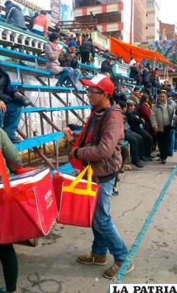 La venta de alcohol en la ruta del Carnaval fue incontrolable