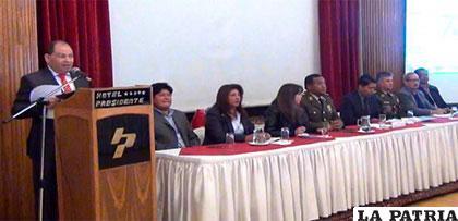 Ministro de la Presidencia, Carlos  Romero en la precumbre de Seguridad Ciudadana /ERBOL