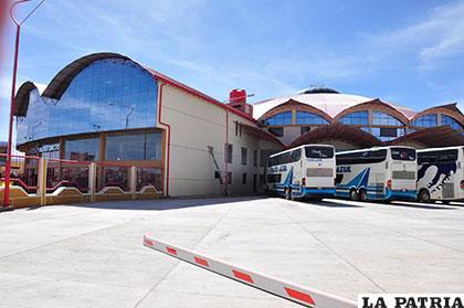 La Estación de Autobuses Oruro, continúa con la operación del transporte interdepartamental