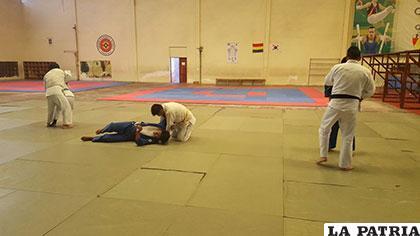 El judo no está al margen en la capacitación que se realiza en Cochabamba
