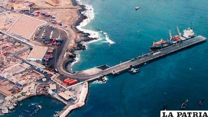 Puerto de Ilo una alternativa para que Bolivia pueda mover su carga /peru21.pe