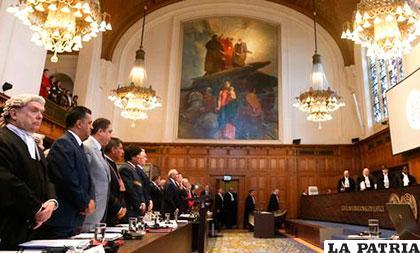 La audiencia de los alegatos orales de la demanda marítima /La Razón