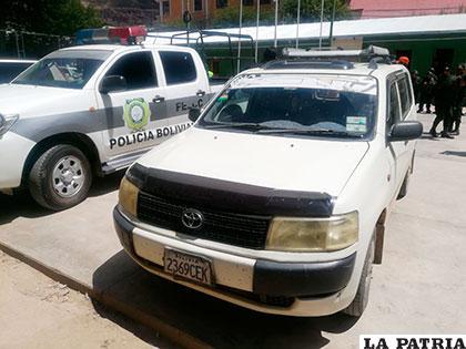 El vehículo en el que operaban los delincuentes en Challapata