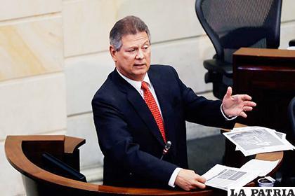 Antonio Guerra de la Espriella se entregó en la Corte Suprema