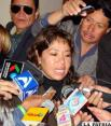Firma de contrato pone en serios apuros a Alcaldesa de Sucre