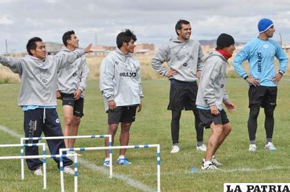 Durante el entrenamiento de ayer en la cancha de propiedad del club San José
