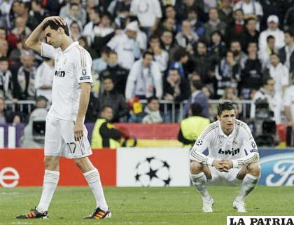 Jugadores del Real Madrid dolidos por la eliminación (Foto: Ziariodeavisos.com)