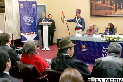 En el Parlamento Andino presidido por el vicepresidente del Estado Álvaro García Linera se analizarán temas de carácter social (Foto APG)