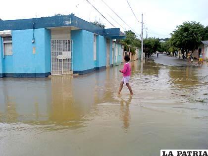 Viviendas quedaron anegadas en República Dominicana (Foto: noticiassin.com)