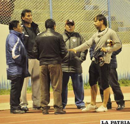 Fernández y Ferrufino le comunican a Bonafina su alejamiento