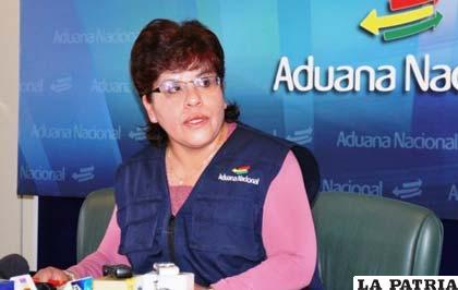 Presidenta de la Aduana, Marlene Ardaya